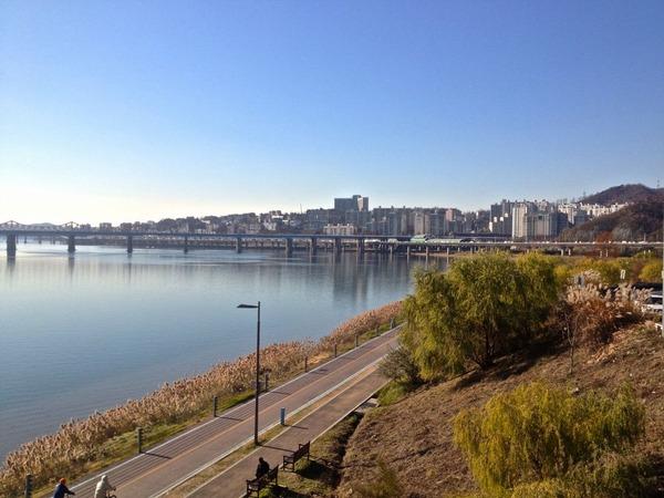 韓国の街角の風景-44