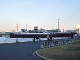 2006Dec4昼の氷川丸