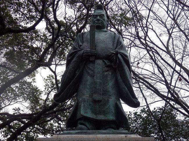 井伊直弼像(彦根城)2