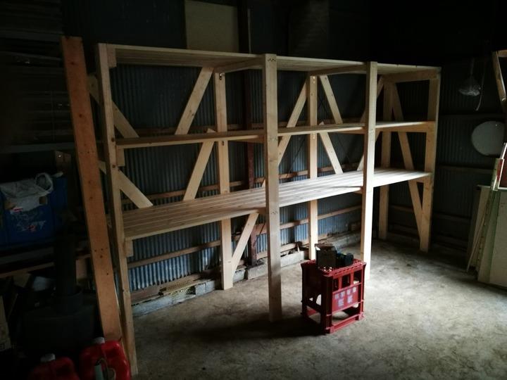 1201納屋の棚完成