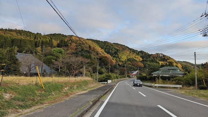 1112秋めく里山