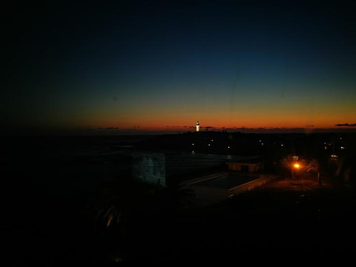 0113ホテルの窓から3
