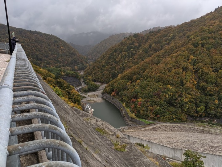 1025奈良俣ダムから1