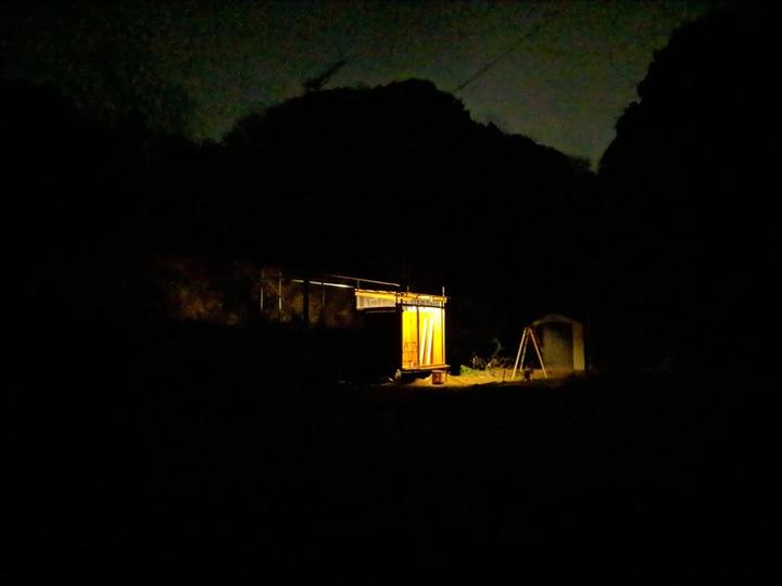 0126夜の小屋