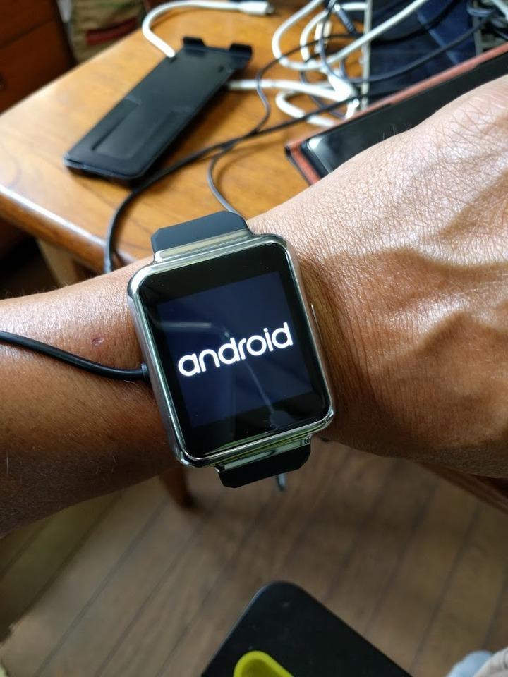 0711androidwatch0.jpg