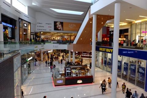 0223巨大ショッピングセンター.JPG