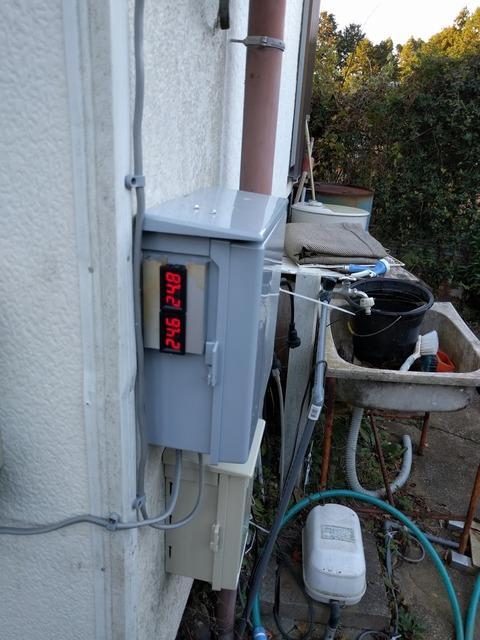 1204電圧計設置.jpg