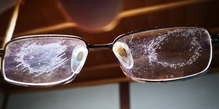 0819ひどい眼鏡