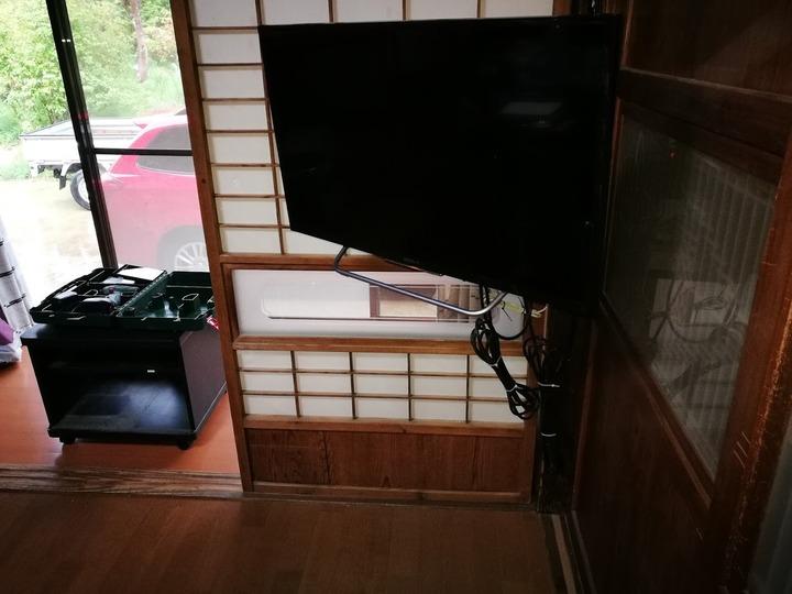 0513TVと古い台