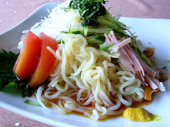 蒟蒻麺の冷し中華→タレが蒟蒻麺と相性が良く、美味しい!!
