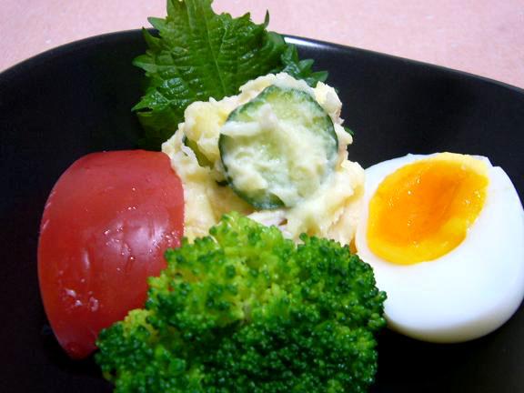 ポテトサラダ→掘りたてじゃが芋手に入り・・とっても美味しかった〜