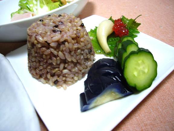 玄米+五穀米+古代米→漬物大好きなんです。。。