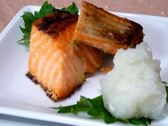 西京鮭の柚子胡椒風味→柚子胡椒で味にパンチきかせたの
