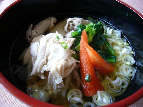 蒟蒻麺の冷し麺→出し汁は美味しいが蒟蒻麺とは合わないかな