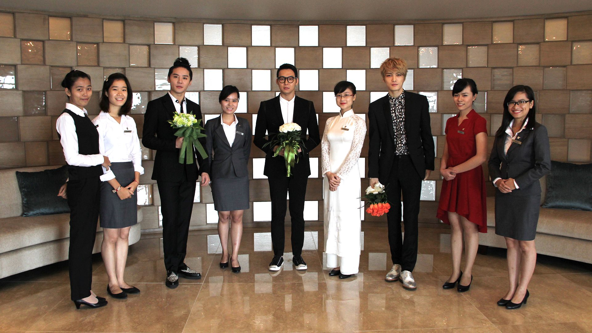 staffs dress code of hilton hotel Guest services training manual  button down shirt, black dress pants (no capris) and business shoes are required  the rate code is at the end of the company .