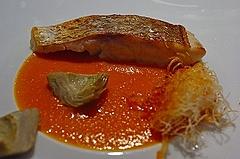 鯛のロースト 海老のカダイフ包み トマトとマンゴーと生姜のソース