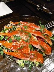 薫製香る安曇野サーモンのマリネ サラダ仕立て