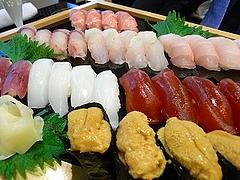 大トロ、イサキ、カサゴ、ノドグロ、三重鯖、スミイカ、マグロ漬けウニ