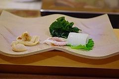 ホンミル貝の貝ひも、肝、貝柱と銚子のヤリイカ