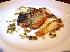 桜鱒と筍のソテー パセリとケッパーのソース