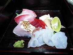 ワラサ バチマグロ ノドグロ焼き霜づくり ホッキ貝 ミズダコ