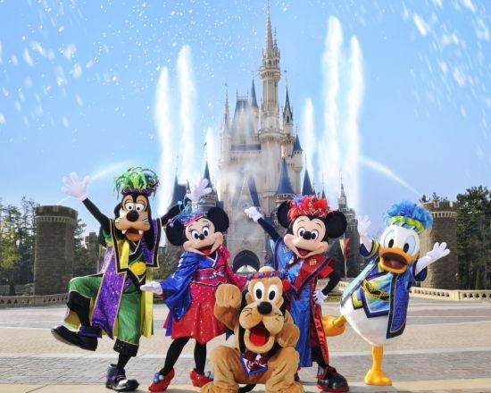 ワイワキガ、ワキガ仲間8900人と東京ディズニーを貸切り