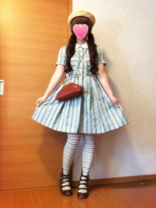 【画像】こういう女の子のファッション好きな奴wwwwwwwwwwwwwwwwwwwww