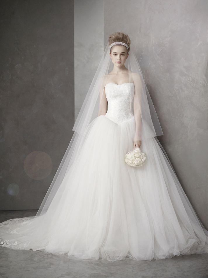 vera wangドレスを安く手に入れる方法  kaku , 結婚式を手作り