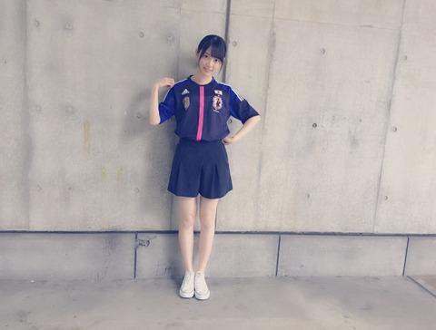 【乃木坂46】サッカーユニフォーム姿の乃木坂メンバーが可愛すぎる!!