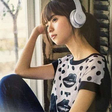 e99de97c9ecbd87e96c7e74ed0d8bddf--saito-asuka-headphones