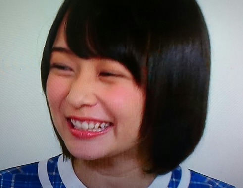 【乃木坂46】鈴木絢音ちゃんが足の裏くすぐられてるところ見てみたい!他のメンバーはどんな反応するだろう?