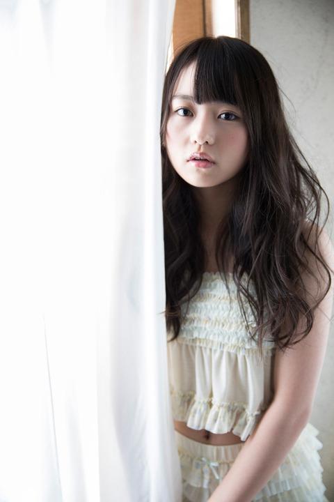 news_xlarge_nogizaka46_marika