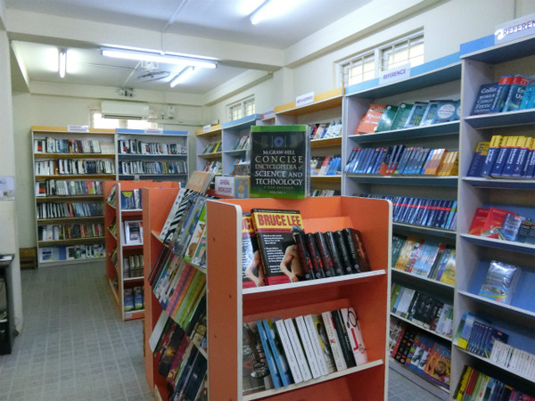 20160616_Myanmar Book Centre (4)