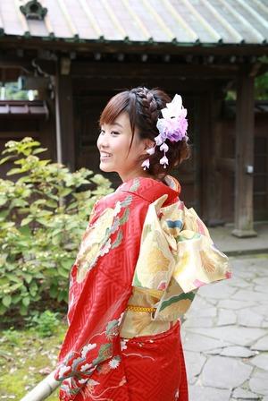 成人振袖屋外ロケーション撮影 前撮り写真 鎌倉寺庭園