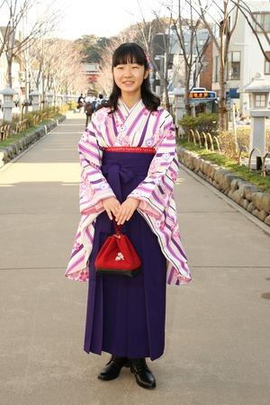鎌倉小学生卒業袴女児2