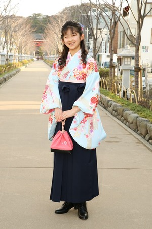 鎌倉小学生卒業袴女児10