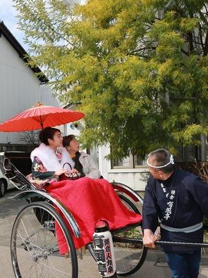 鎌倉振袖人力車屋外撮影