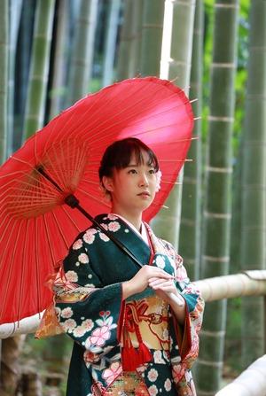 鎌倉振袖ロケーション撮影竹林 和傘