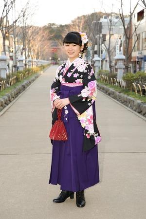 鎌倉小学生卒業袴女児1