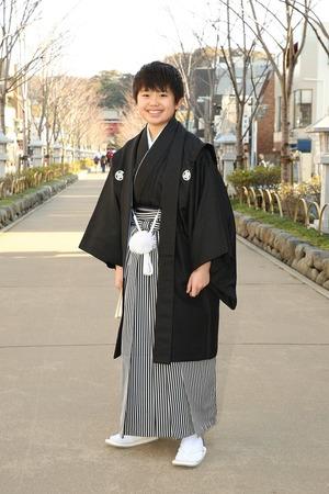 鎌倉小学生卒業袴男児20