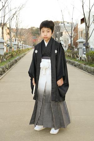 鎌倉小学生卒業袴男児3