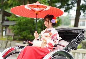 鎌倉宮ご祈祷プラン 成人式振袖 前撮り  ロケーションフォト2