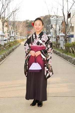 鎌倉小学生卒業袴女児4
