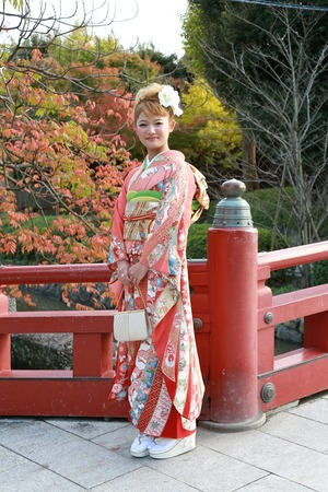 鶴岡八幡宮成人振袖写真2 (1)