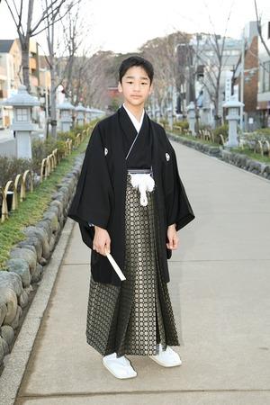 鎌倉小学生卒業袴男児2