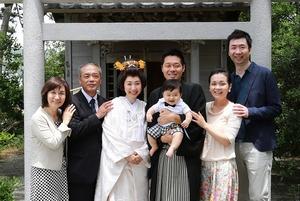森戸大明神婚礼ロケーション撮影家族写真