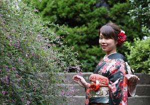 成人式振袖前撮り屋外撮影 秋 萩 鎌倉 お寺 庭園
