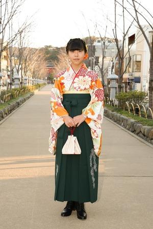 鎌倉小学生卒業袴女児3