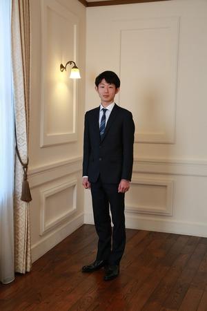 鎌倉成人男子スーツ写真2