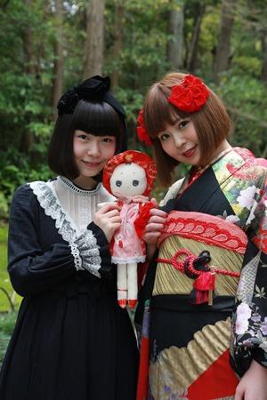振袖姉妹人形写真